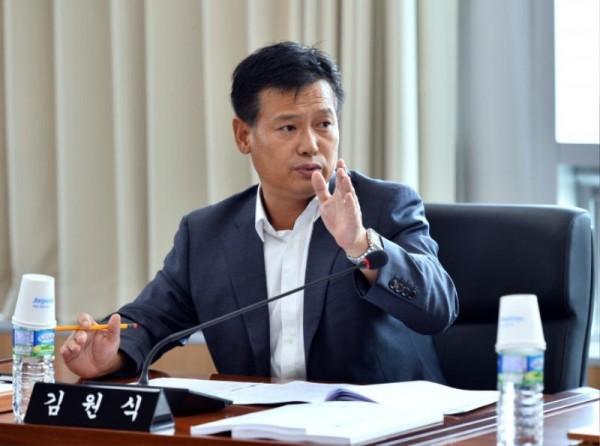 [크기변환]김원식 의원(자료사진).JPG